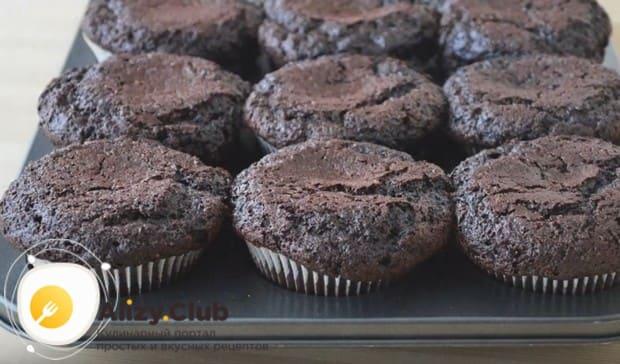Как видите, рецепт шоколадных капкейков предельно простой.