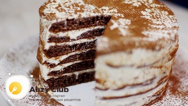 Вкуснейший шоколадный торт приготовленный на сковороде готов.