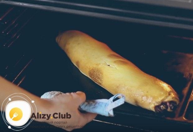 Наш рецепт с фото поможет вам пошагово приготовить самый вкусный штрудель с вишней.
