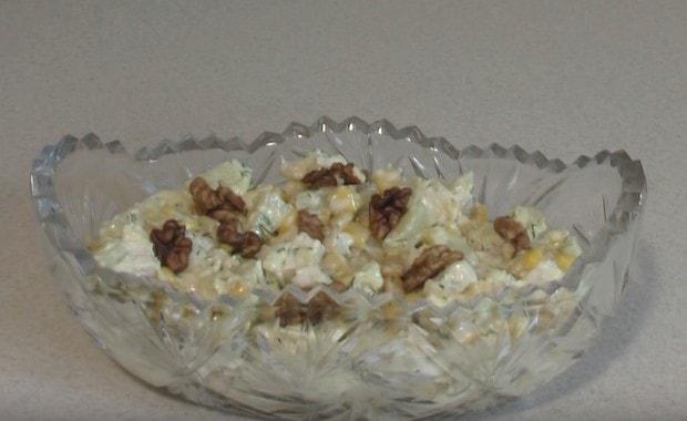 Как приготовить салат с курицей и ананасами по пошаговому рецепту с фото