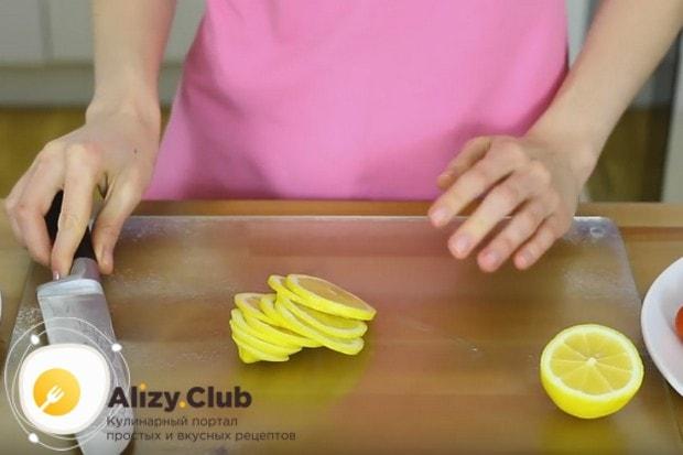 А этот рецепт поможет приготовить стейк из семги в духовке в фольге.