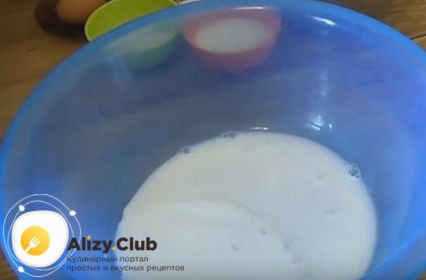 Тесто для жареных пирожков можно приготовить на молоке