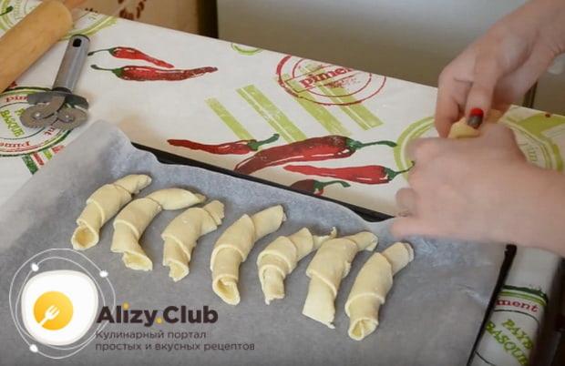 Пошаговый рецепт приготовления очень вкусных рогаликов из творога