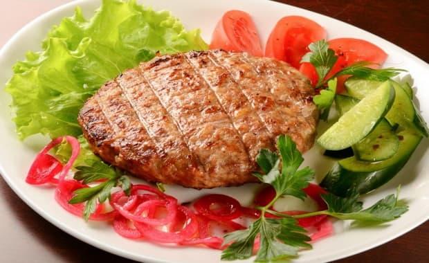 Как приготовить вкусный бифштекс из свинины по пошаговому рецепту с фото