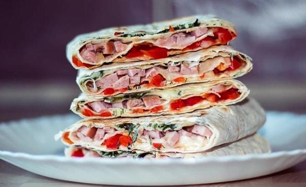 Рецепт приготовления бутербродов из лаваша на праздничный стол