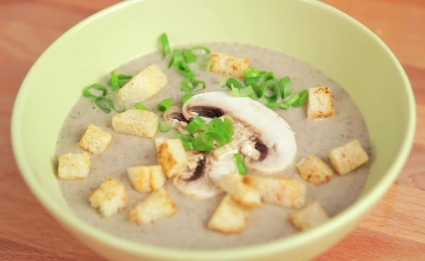 Пошаговый рецепт грибного супа-пюре со сливками