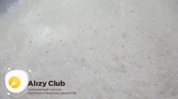 Попробуйте приготовить тесто для хачапури по аджарски своими руками.