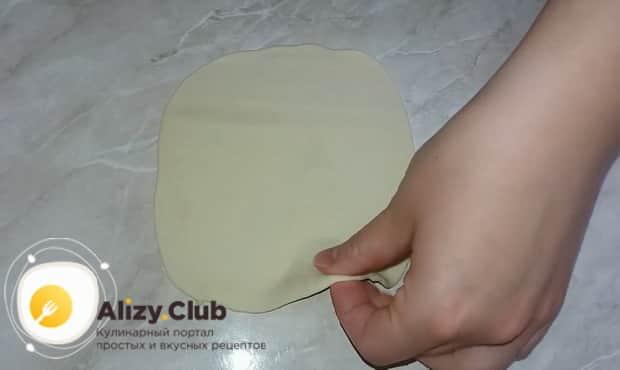 Раскатайте тесто для хинкали по грузинскому рецепту