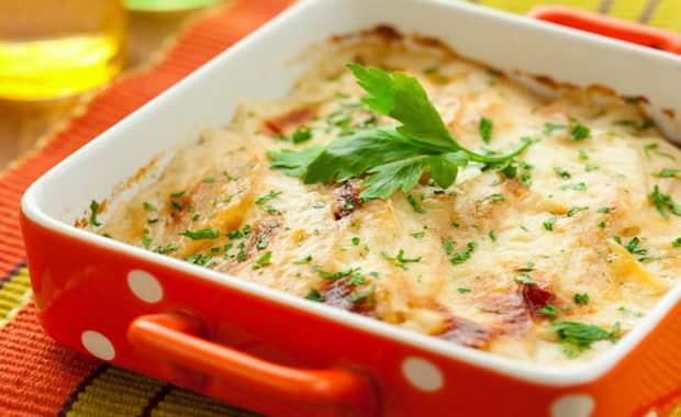 Как сделать картофельную запеканку с сыром в духовке по пошаговому рецепту с фото