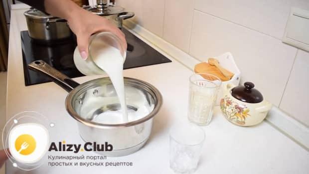 Перед тем как приготовить рисовую кашу на молоке, подготовьте все необходимое.