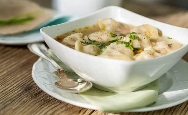 Как приготовить суп с пельменями по пошаговому рецепту с фото