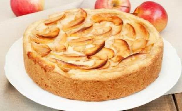 Как приготовить яблочный пирог в мультиварке по пошаговому рецепту с фото