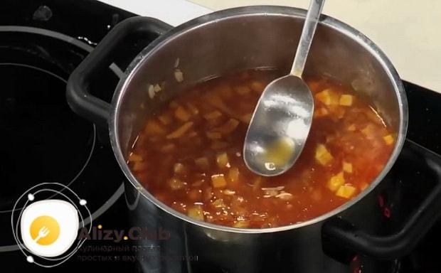 Для приготовления буйабеса, соединяем ингредиенты.