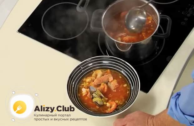 Вкуснейший рыбный суп буйабес готов.