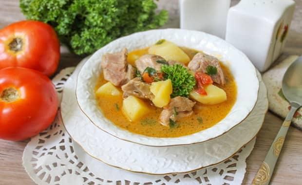 Как приготовить вкусную шурпу из свинины по пошаговому рецепту с фото