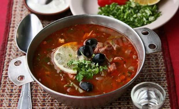 Как приготовить классическую рыбную солянку по пошаговому рецепту с фото