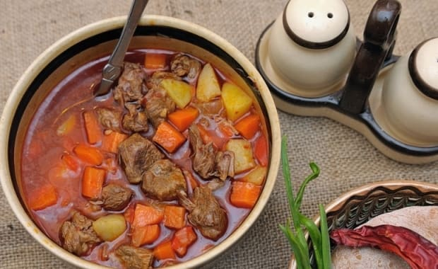 Пошаговый рецепт классического венгерского супа гуляша