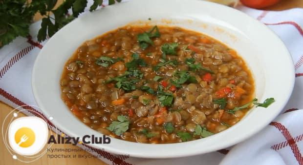 Вкуснейший суп из чечевицы готов.