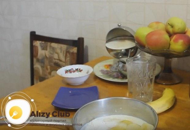 Возьмите на заметку также интересный рецепт бананового крема для торта.
