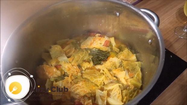 Для приготовления боннского супа соедините ингредиеннты