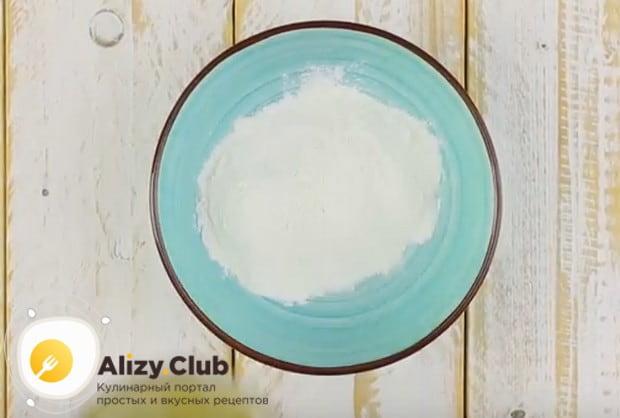 В рецептах приготовления брокколи на сковороде в кляре именно он играет важнейшую роль.