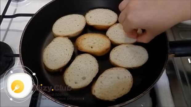 Попробуйте приготовить бутерброды с печенью трески и огурцом
