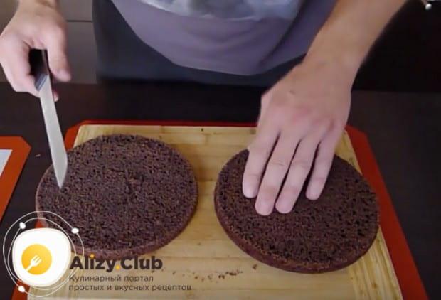 Черемуховый торт можно легко приготовить также в мультиварке.