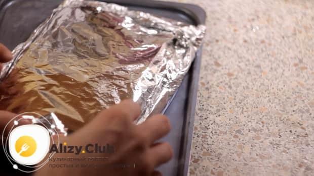Филе минтая в фольге в духовке готовится при 180 градусах