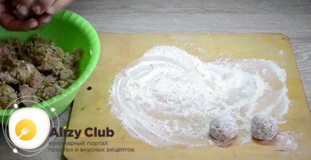 фрикадельки с рисом с подливкой