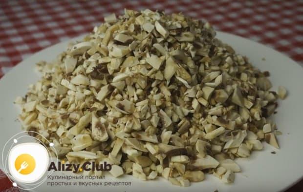 Обратите внимание на классический рецепт грибного соуса из шампиньонов.