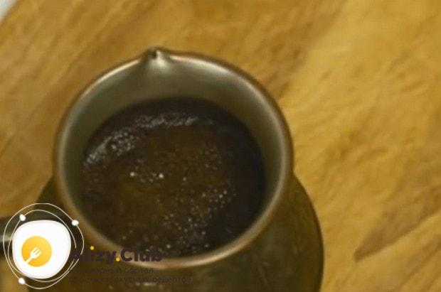 Посмотрите у нас также видео о том, как приготовить кофе в турке правильно.