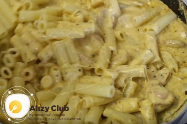 Теперь вы знаете, как вкусно приготовить макароны с сосисками.