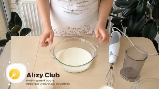 Смотрите как сделать мороженое в домашних условиях по простому рецепту.