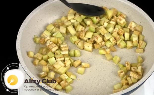 Баклажаны с картошкой в духовке готовятся легко.