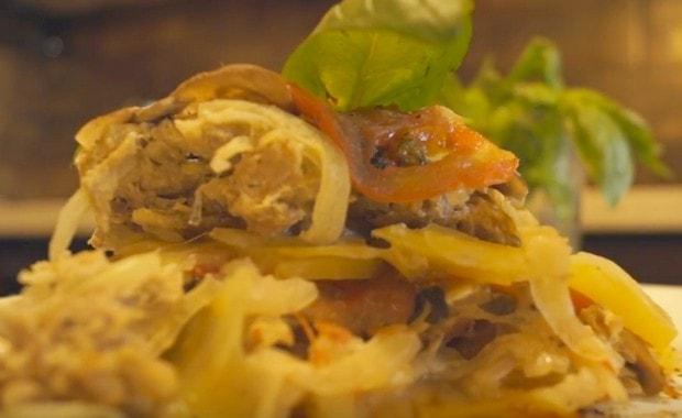 Как сделать картошку с мясом в мультиварке по пошаговому рецепту с фото