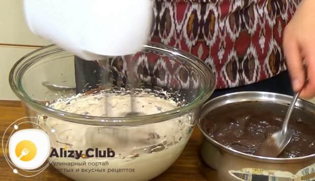 Для приготовления торта графские развалины соедините ингредиенты для приготовления крема