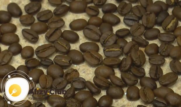 Приготовьте кофе с коньяком по нашим рецепта ми узнайте все о пользе этого напитка.