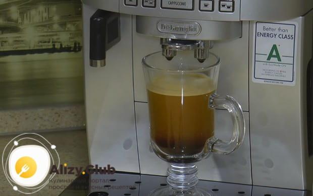 мы готовим при помощи кофе-машины, но по этому рецепт можно приготовить и растворимый кофе с коньяком.