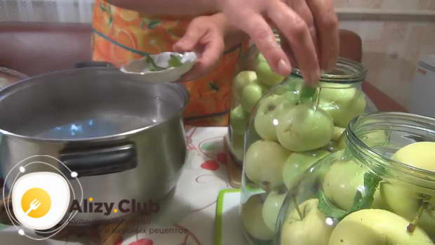 рецепт яблочного компота на зиму