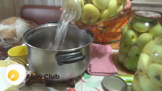 компот из яблок на зиму простой рецепт