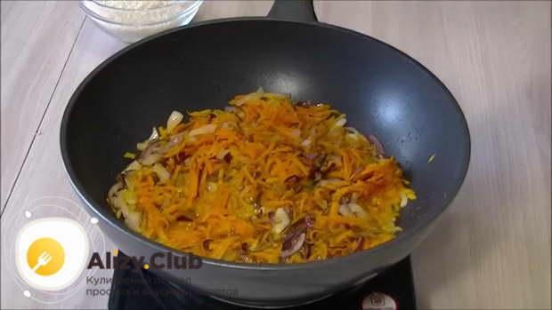 как готовить плов с курицей на сковороде