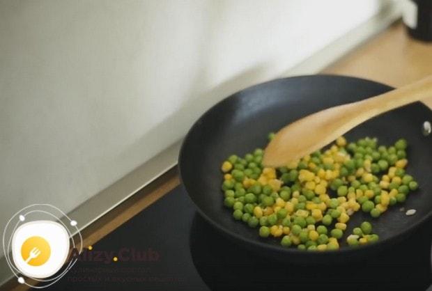 Этот рецепт курицы с овощами в соусе терияки, как видите, довольно простой.
