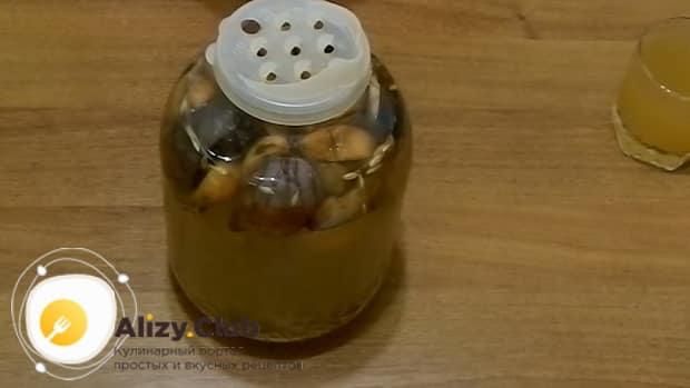 Для приготовления кваса в домашних условиях по простому рецепту. подготовьте все необходимое.