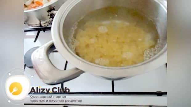 Как приготовить макароны с овощами, простой рецепт на сковороде