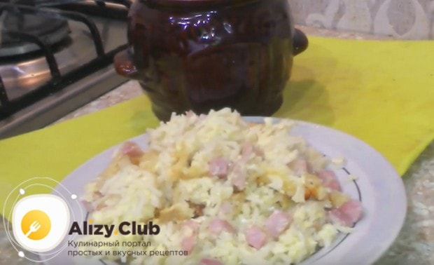 Макароны, запеченные в духовке, получаются сытным и вкусным блюдом.