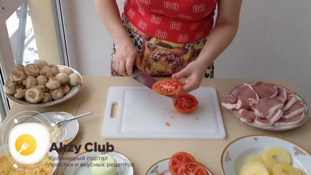 мясо по французски с грибами в духовке