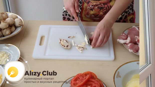 мясо по французски в духовке видео