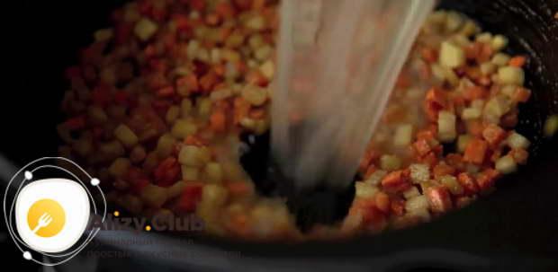 суп с перловкой и солеными огурцами рецепт