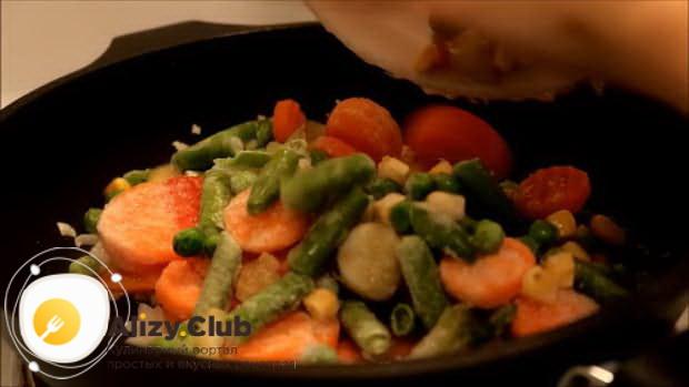 Как приготовить омлет с овощами в духовке