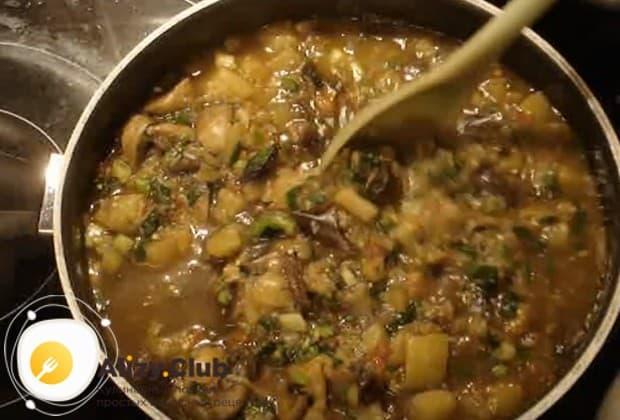 Надеемся, вам понравился такой рецепт вкусного рагу из баклажанов с овощами.